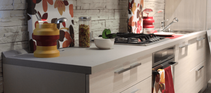 How to Prevent the Bugs from Entering Your Kitchen Trash Can